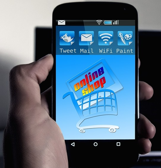 smartphone-570214_640